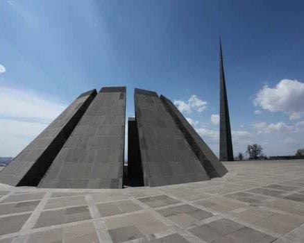 tsitsernakaberd-memorial-armenian-genocide 0